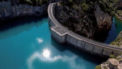 Barrages et activités d'eaux vives sur le Verdon